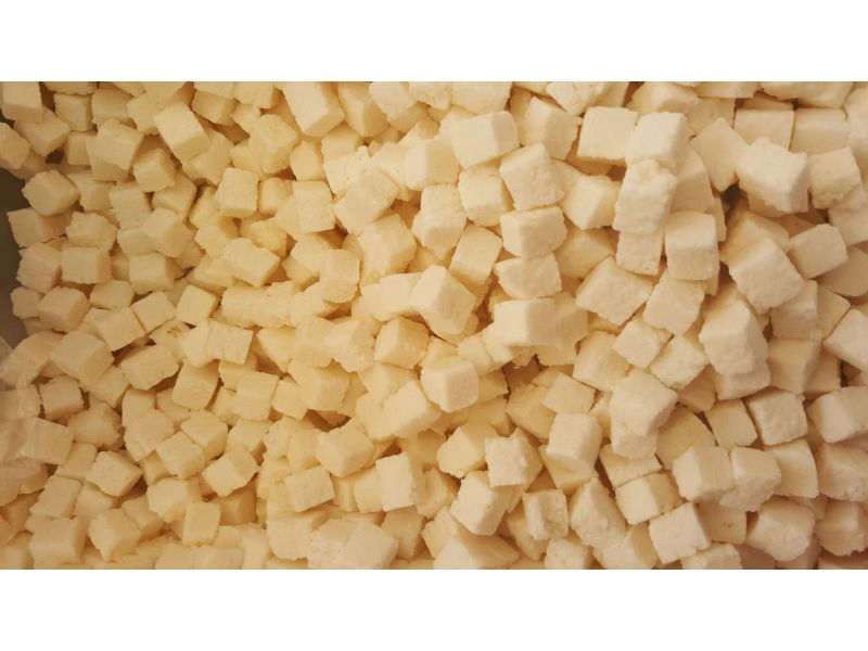 Noix de coco en cube